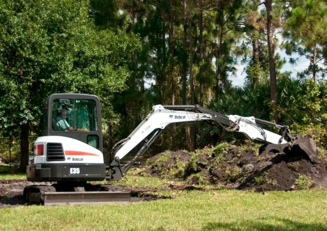 Where to find EXCAVATOR, BOBCAT EXTENDABLE-35 3.9 Ton in Portland