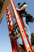 Where to rent LADDER, FIBERGLASS 32 in Portland OR